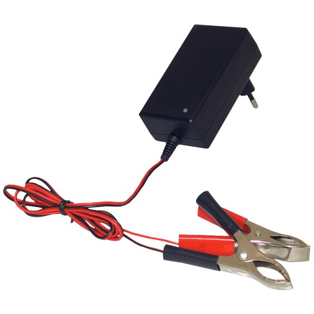 Chargeur de batterie voiture fourgon